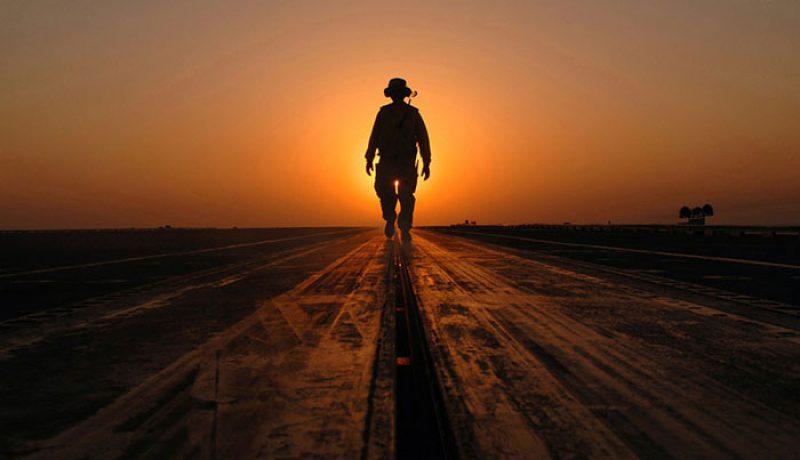 Pourquoi le service militaire a-t-il été supprimé ?
